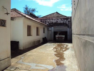Rua José Teodoro - início da Vila Xavier